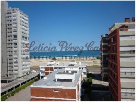 Apartamentos En Playa Brava: Lpc11108a