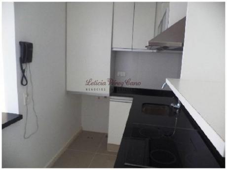Apartamentos En Playa Brava: Lpc13527a