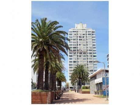 Apartamentos En Península: Lpc13534a