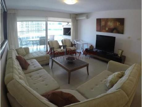 Apartamentos En Playa Brava: Lpc13650a