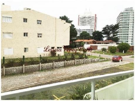 Apartamentos En Playa Brava: Lpc13767a