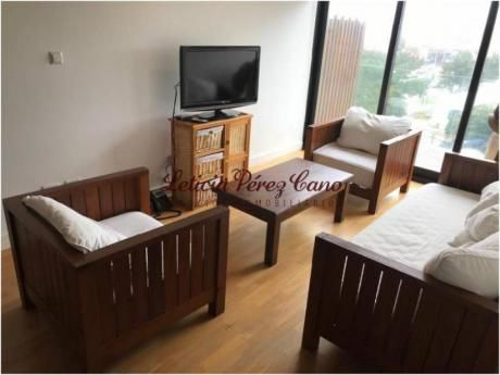 Apartamentos En Playa Mansa: Lpc14274a