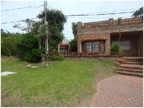 Casas En Playa Mansa: Lpc15890c