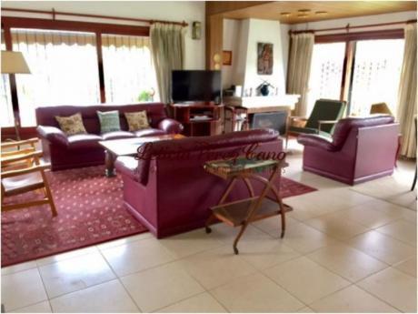 Casas En Playa Mansa: Lpc16607c