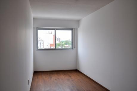 Apto De 1 Dormitorio Próximo A Montevideo Shopping Con Renta!