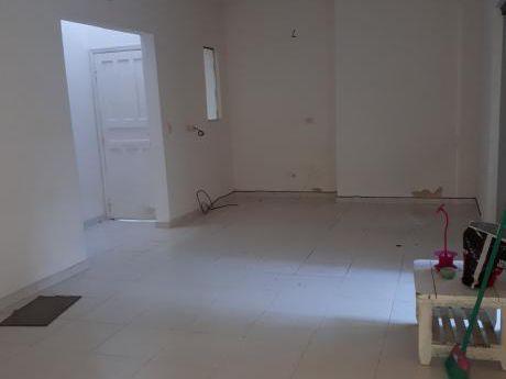 Alquilo Departamento En Planta Baja - Barrio San Vicente, Zona Felix Bogado