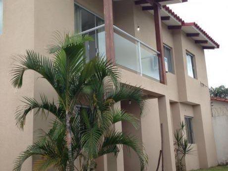 Casa En Urbanización || T: 360 C: 280 || $us 138.000.-