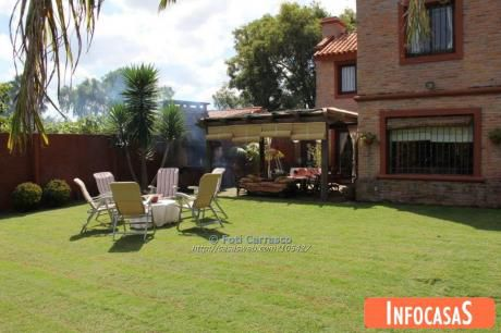 Casa En Venta Barra De Carrasco 3 Dormitorios