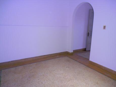 1901excelente Ubicacion Rivera Y Osorio Casa Dos Dormitorios
