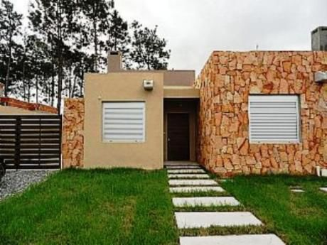 Estrene Preciosa Casa