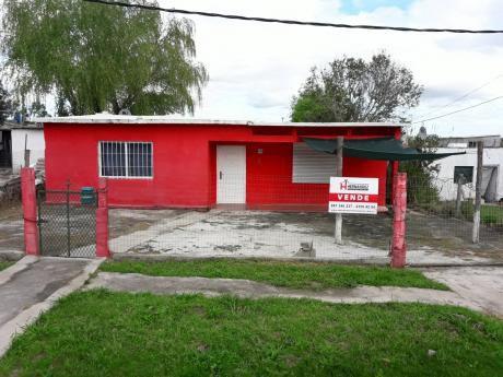 Casa 500 M2 Padrón 3 Dormitorios 2 Baños Acepta Banco.