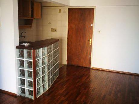 Apartamento Alquiler 1 Dormitorio Garage Punta Carretas