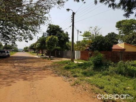 Oferto Terreno En Villa Elisa Proximo A La Municipalidad