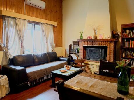 Casa 2 Dormitorios, 1 Baño, 110,50 M2 Edificados