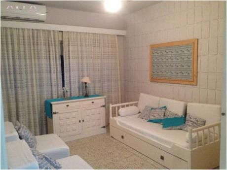 Apartamentos En Península: Alf1000a
