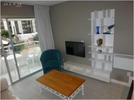Apartamentos En Playa Brava: Alf1200a