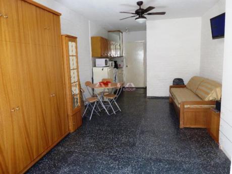 Apartamentos En Playa Brava: Alf284a
