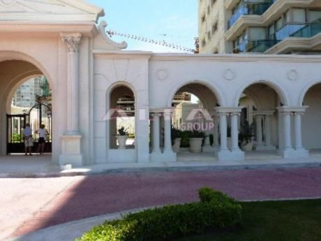 Apartamentos En Playa Brava: Alf93a