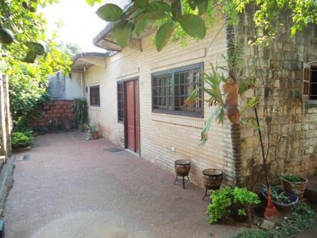 Tierra Inmobiliaria - Hermosa Casa En Ñemby A Metros De La Av. 1ro De Marzo