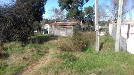Frente A Ruta Interbalnearia Amplio Terreno Con Mejoras