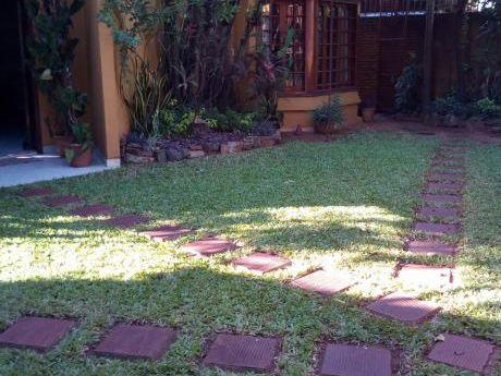 Casa Sobre Avda Principal Asuncion – Vista Alegre Cod 741