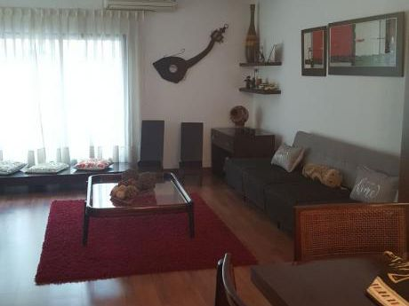 Preciosa Y Amplia Casa En Inmejorable Lugar En Pocitos.