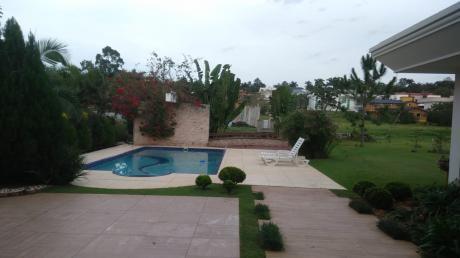 Alquilo Casa Amoblada En El Parana Country Club!!