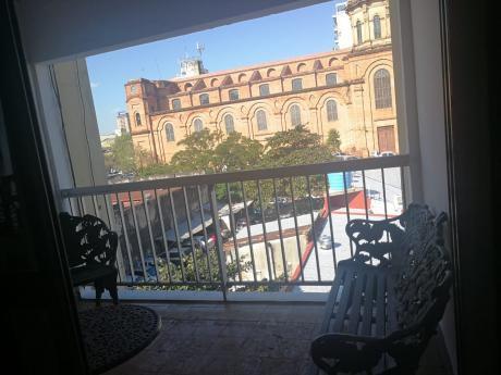 Tierra Inmobiliaria Alquila - Cómodo Dpto En Centro De Asunción
