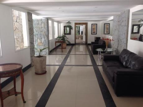 Haras Del Lago. Comodo Y Confortable Apartamento