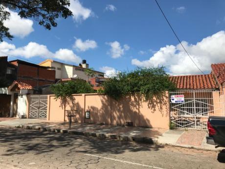 Casa En Venta Zona Este A Pocos Metros Del 2do Anillo Canal Cotoca