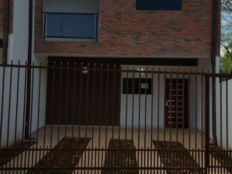 Duplex A Dos Cuadras Del Colegio Sek