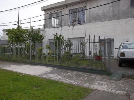 -2 Casas En Un Padron.