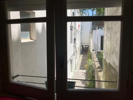 Alquiler Apartamento 1 Dormitorio Primer Piso Por Escalera