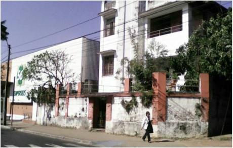 Terreno Con Casa Antigua Sobre La Avda. Carlos Antonio López Esq París