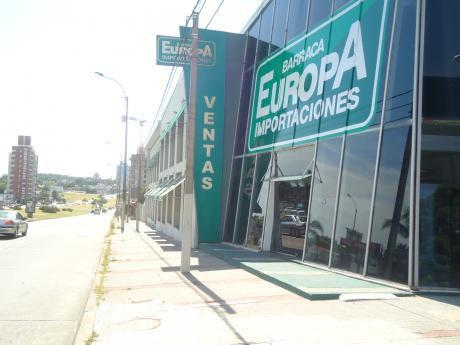 Local Comercial En Buceo