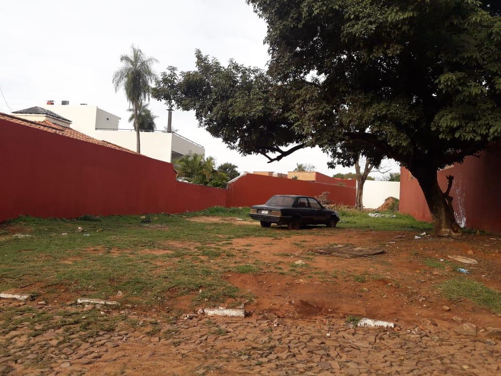 Vendo Terreno En Fernando De La Mora Zona Norte A Tres Cuadras De Mcal. Lopez.