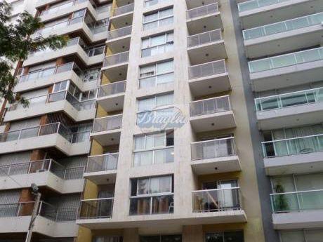 Apartamentos En Puerto Buceo