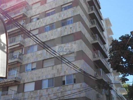 7ca3cbce353e8 Alquiler de apartamentos Cerca de ALDO SHOES Punta Carretas Shopping ...