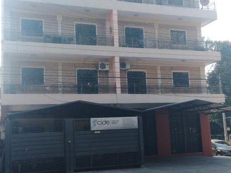 Ampliio Departamento De 1 Dormitorio En Fernando De La Mora
