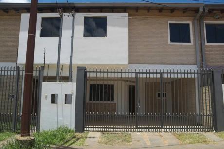 Duplex A Estrenar En San Lorenzo, Zona Shopping Pinedo