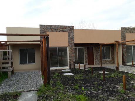 Dos Casas A Estrenar En Shangrila Sur