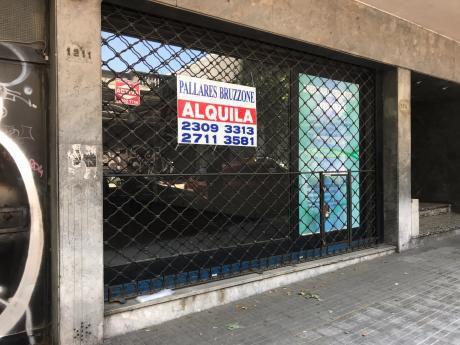 Local Comercial - Excelente Superficie - Sin Columnas