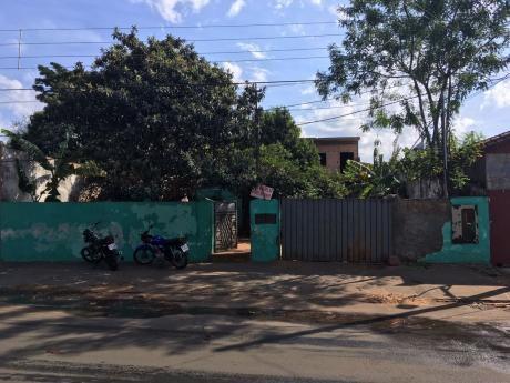 Casa En Venta En Fernando De Mora - A Pasos Calle Pitiantuta