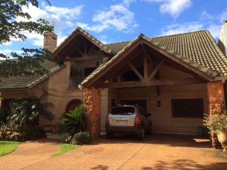 Hermosa Casa En Alquiler- Barrio Cerrado Las Pierdas En Luque