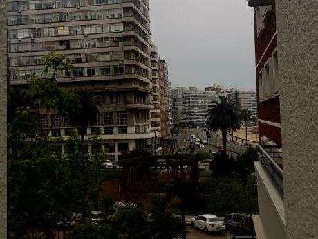 Apartamento A Pasos De La Rambla De Pocitos