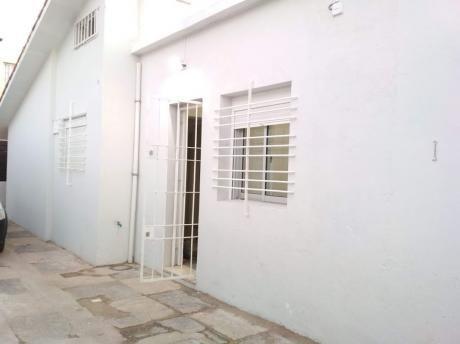 Estilo Casita 1 Dormitorio Parque Batlle Patio Parrillero