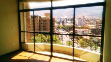 Hermoso Departamento Estilo Penthouse, En La Mejor Zona De Cochabamba