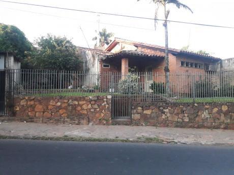 Vendo O Alquilo Casa S/ Von Polesky