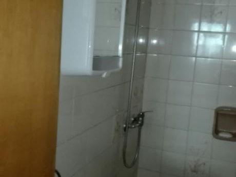 Alquiler De  Buen Apartamento  De 2 Dormitorios Sobre Soriano