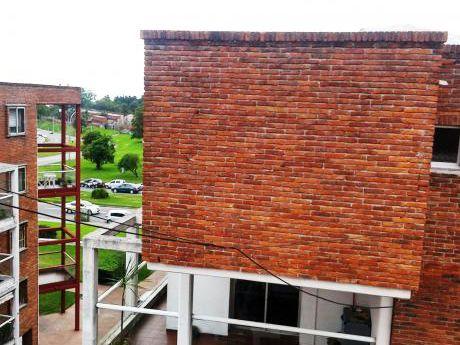 Precioso Apartamento Duplex Próximo A Rambla Del Buceo